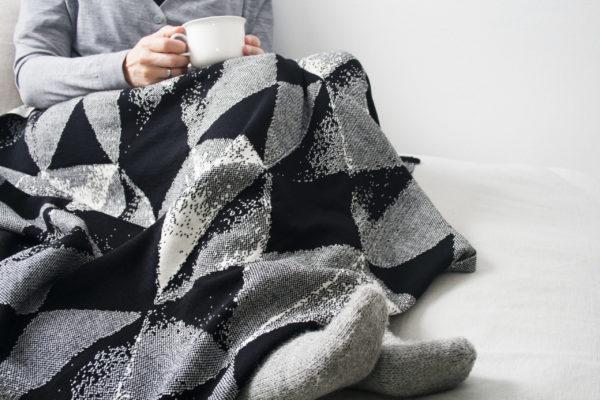 lohko hihake black merino wool, made in finland