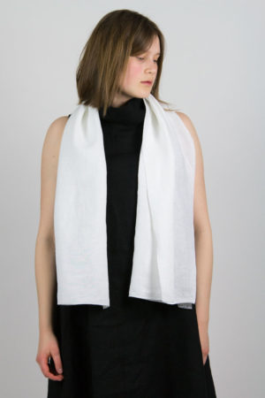 tuulispää scarf