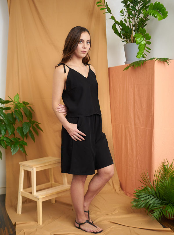 Loma_shorts_black tencel