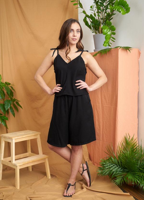 Loma_shorts_black tencel