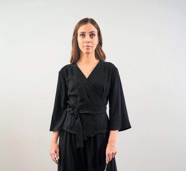 Ilta top in black