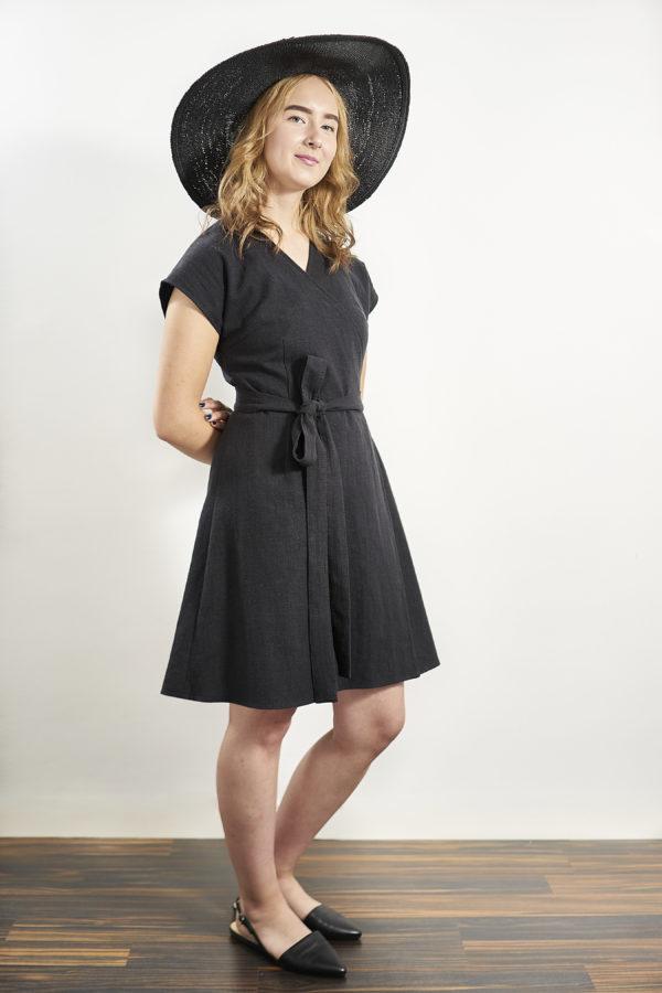 Laakso Dress in black