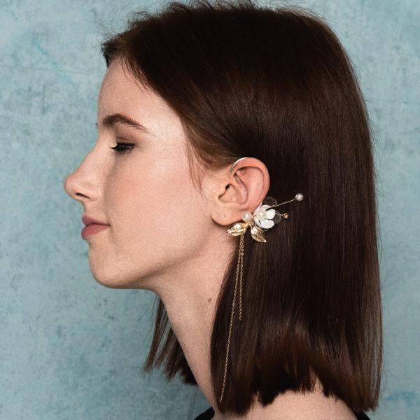 Jasmine ear hook