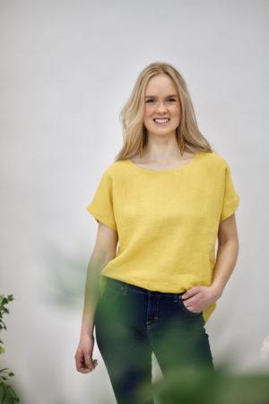 Suvi top in golden yellow